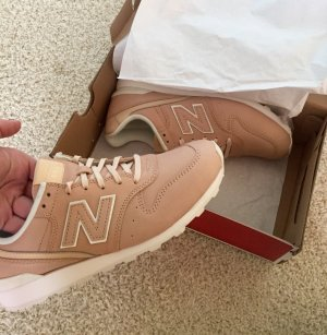 New Balance Rose Gr.40 NEU NB