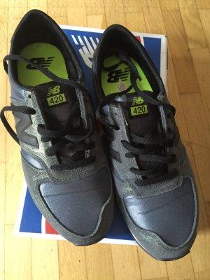 New Balance Sneaker Gr. 40,5