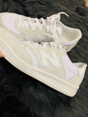 New Balance Sneaker stringata bianco