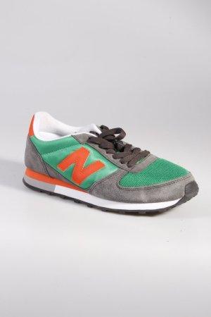 New Balance Sneaker grün-grau