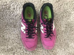 New Balance Sneaker in pink