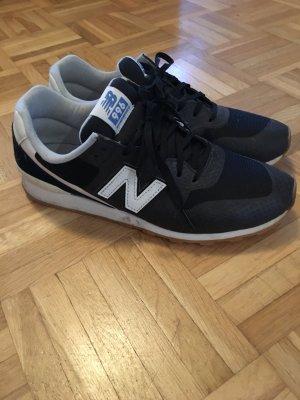 New Balance Sneaker schwarz weiß