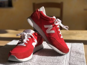 New Balance Woman's 501 Ripple Sole Running Shoes Red