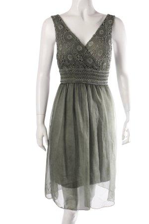 New Collection Trägerkleid grüngrau mit Spitze