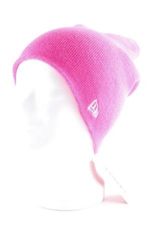 New Era Beanie neon pink athletic style
