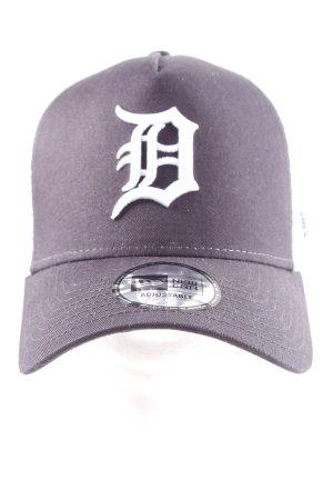 New Era Chapeau de soleil bleu foncé-blanc cassé style athlétique