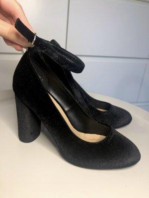 New Look High Heels Pumps Samt schwarz 38 Riehmchen