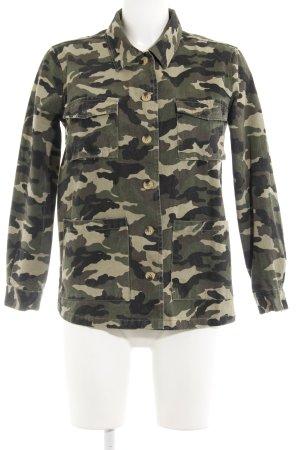 New Look Jeansjacke Camouflagemuster Street-Fashion-Look