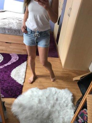 New Look Pantalón corto de tela vaquera azul celeste