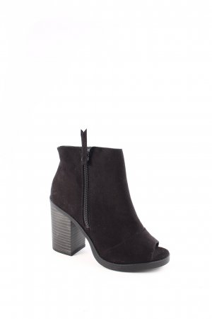 New Look Peeptoe-Stiefeletten schwarz Street-Fashion-Look