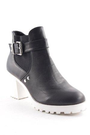 New Look Plateau-Stiefeletten schwarz-weiß extravaganter Stil