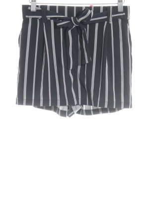 New Look Shorts schwarz-weiß Streifenmuster Casual-Look