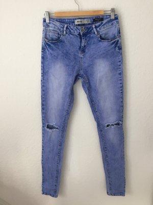 New Look Skinny Jeans mit Rissen Blau