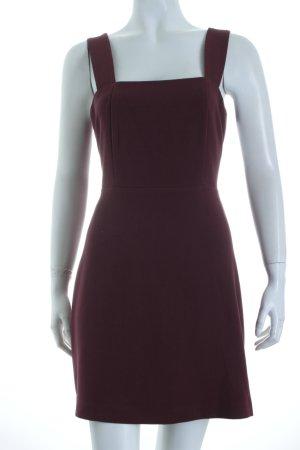 New Look Trägerkleid purpur schlichter Stil