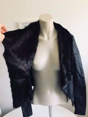 New Look Vegane Lederjacke mit Faux Fur Kragen
