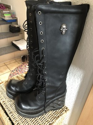 New rock Botte gothique noir
