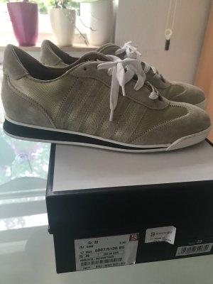 New runner sneaker statt 355€