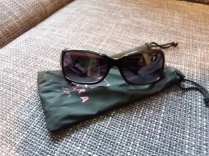 New York & Company Angular Shaped Sunglasses black-grey