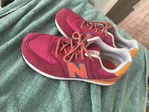 ...NewBalanceSneaker...