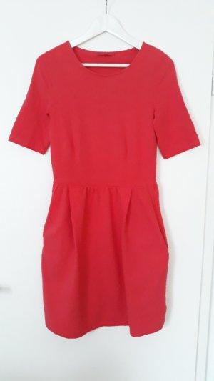 Next Kleid Gr.36 coralle