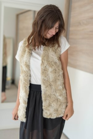Next Gilet en fourrure brun sable-marron clair