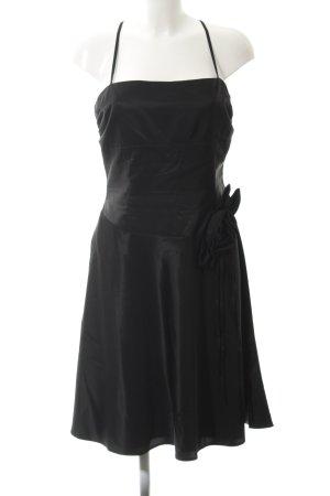 Nicowa Abendkleid schwarz Blumenmuster Stoffeinsätze
