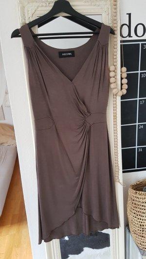 Nicowa Vestido taupe