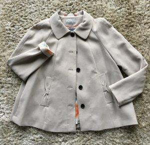 Nie getragene Kurzjacke mit süßen Details von H&M in A-Linie