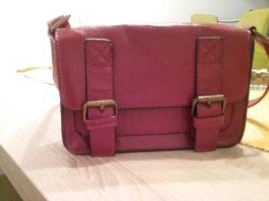 Niedliche kleine Abendtasche mit passendem Portemonnaie