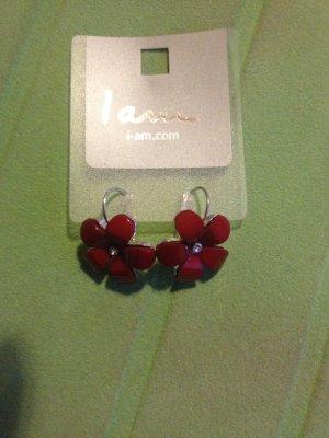 Niedliche Ohrringe in Blütenoptik