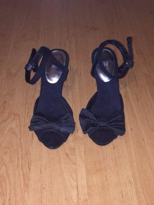 HM Sandalo con cinturino e tacco alto nero