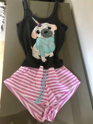 Niedlicher Schlafanzug for Sweet Dreams