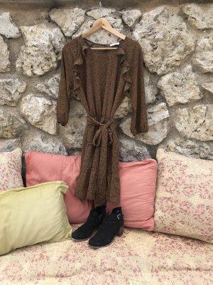 Niedliches Ba&sh Kleid mit Rüschen und Blütenmuster