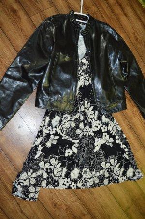 Niedliches Kleid mit Blumen Gr. 42 herbstlich schön