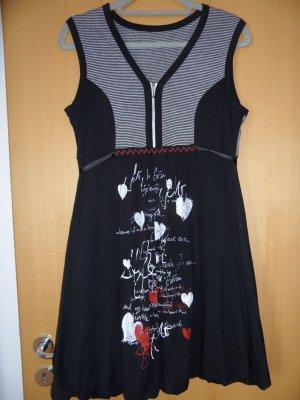 Niedliches Kleid oder Longshirt