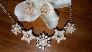 Necklace pink-sand brown