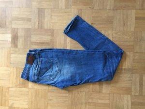 Niedrige geschnittene Slim Fit Jeans von G-Star