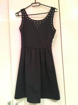 Nieten-Kleid in schwarz
