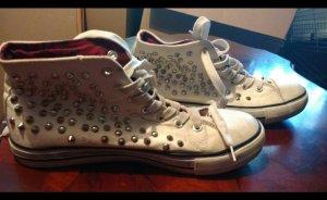 Nieten Schuhe in weiß