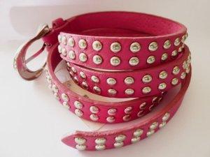 Nietengürtel Ledergürtel pink silber Street Fashion Look