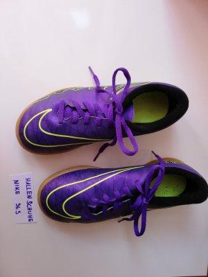 Nike Lace-Up Sneaker dark violet