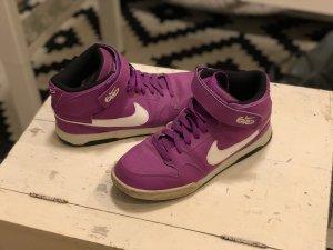 Nike 6.0 Sneaker