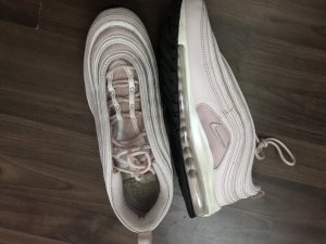 Nike Sneakers met veters roségoud