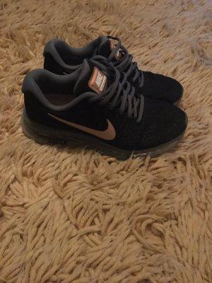 Nike Basket à lacet noir-bronze