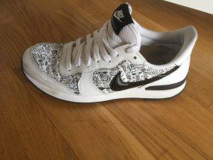 Nike Sneakers wit-zwart