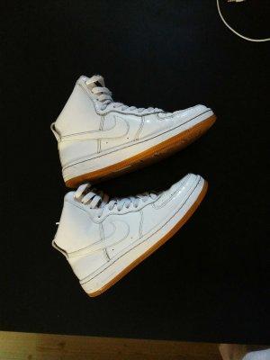 Nike Air AF1 mit bisschen glitzer schrift vorne