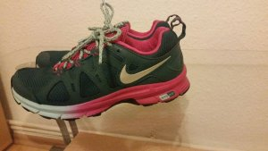 Nike Air Alvord 10