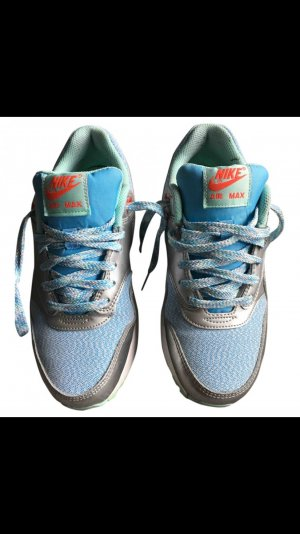 Nike Air aus NYC just do. it