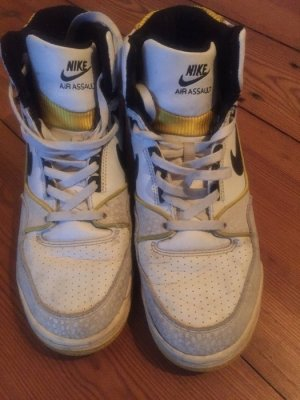Nike Air - Basketballschuhe/ Sneaker hoch, weiß - lila - gelb, Gr. 38.5