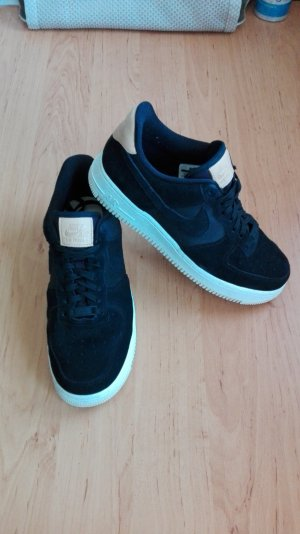 Nike Air Force 1'07 Premium Sneaker schwarz